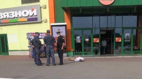 В Пензе задержали двух агрессивных посетителей торгового центра