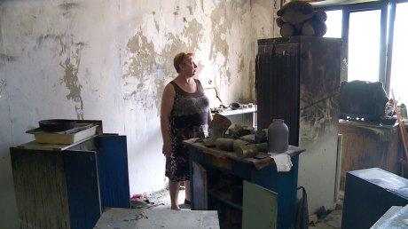 На ул. Антонова жители не могут находиться в доме после пожара