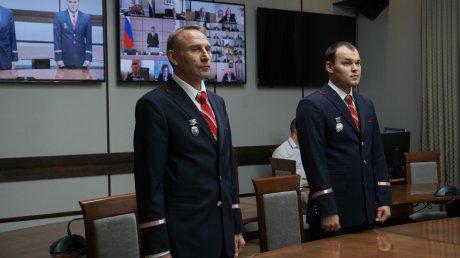 Пензенских машинистов наградили за действия при ДТП на переезде