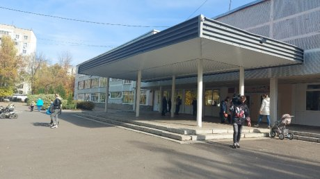 Замглавы Пензы оценил соблюдение антиковидных мер в школах