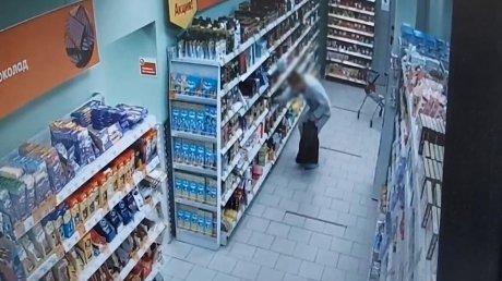 В Пензе мужчина похищал и продавал кофе, консервы и сыр