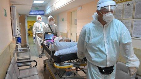 Минздрав сообщил о росте заболеваемости COVID-19 по всей России