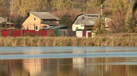 Жители домов на Минской пожаловались на неприятный запах